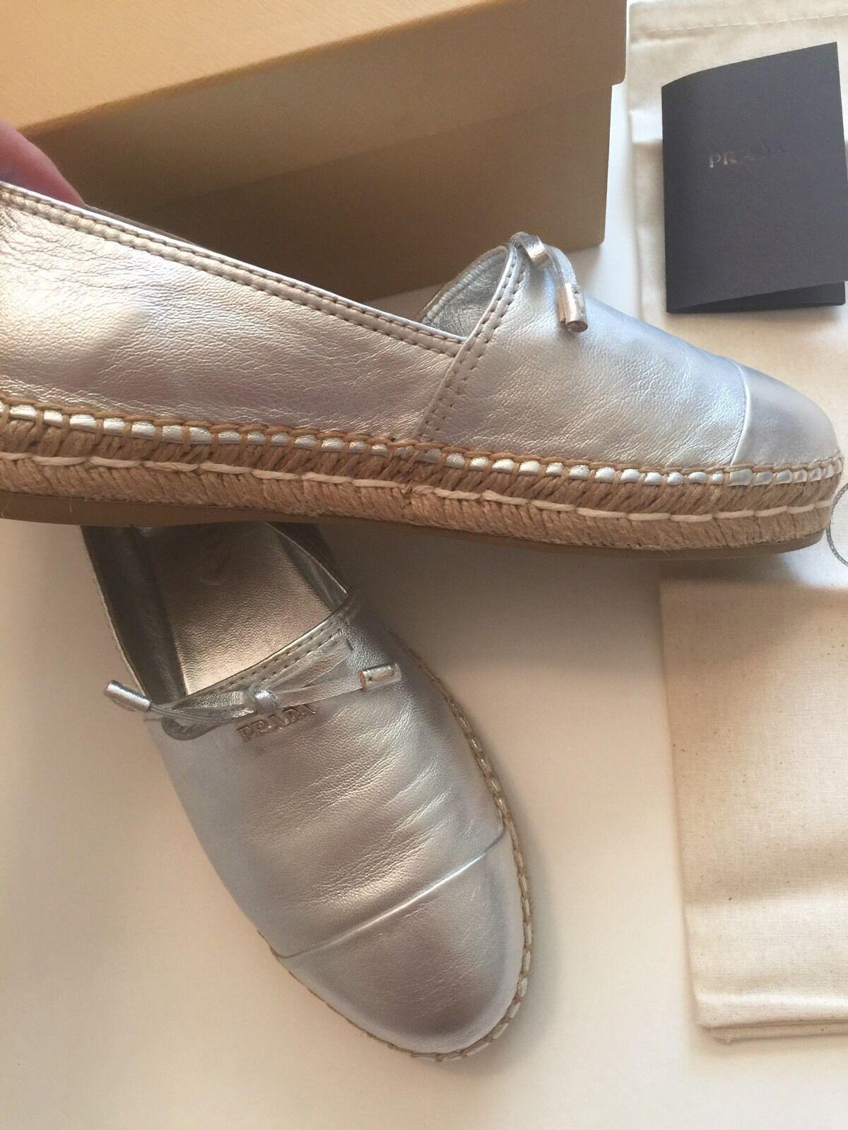 NIB Prada argent femmes Leather Espadrille Logo Logo Logo Bow slip on flat chaussures 6.5  36.5 3c68a6