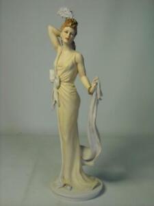 Royal-Doulton-Classique-THERESA-Figurine-9-Photos-CL-3992