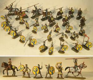LATE ROMAN LEGION - ROMANI legione tardo impero 32 soldatini dipinti 1:72