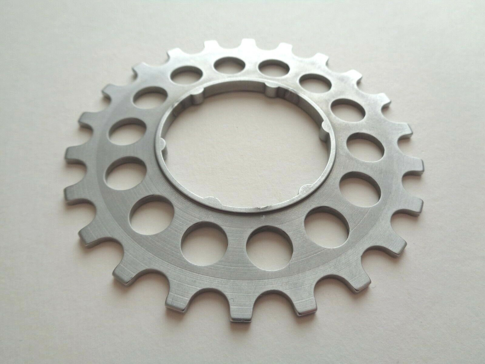 NOS  Vintage 1980s Campagnolo DE22 Aluminium 22t Italian freewheel cassette Cog  to provide you with a pleasant online shopping