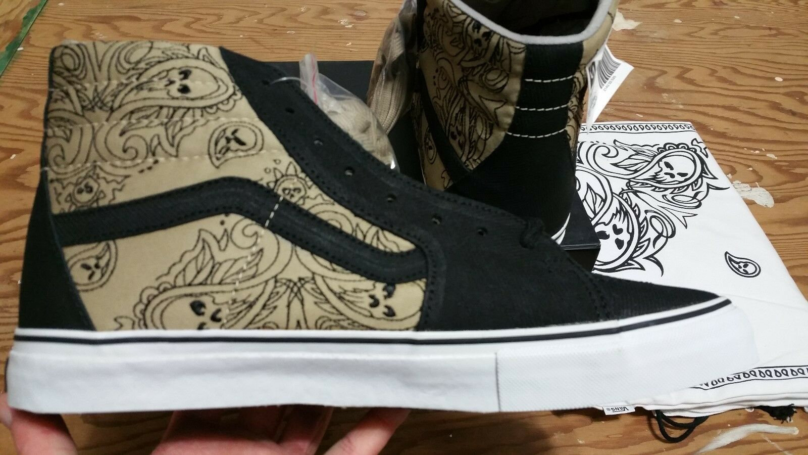 Vans X Mr. Cartoon Syndicate
