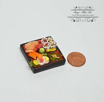 1:12 Dollhouse Miniature Susi Bento Box// Miniature Food//HMN 01132