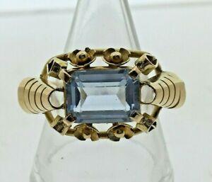 Vintage-1940s-18-carat-yellow-Gold-amp-Aqua-Paste-Statement-Cocktail-Ring-size-P