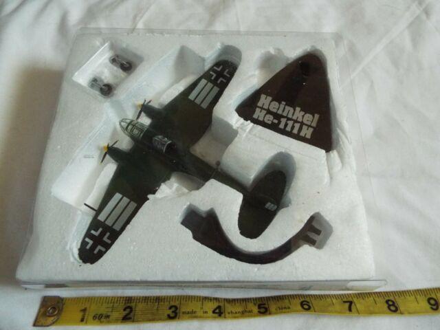 ATLAS Military Giants Of Sky Heinkel HE-111H 1:144