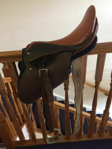 VINTAGE BROWN LEATHER ADULT SADDLE LENGHT 17    with cheap price to get top brand