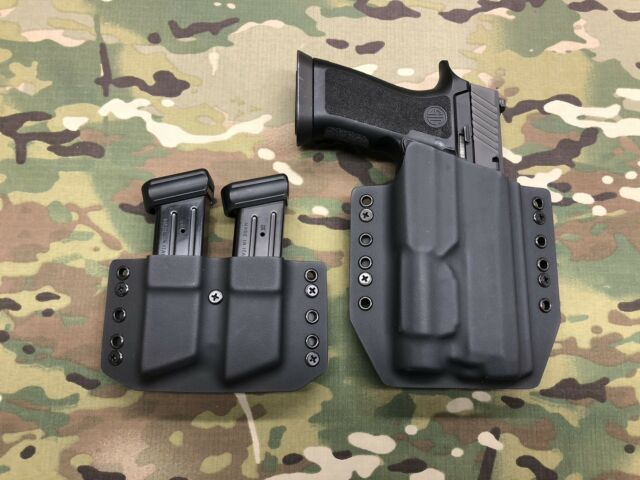 Black Kydex Holster for SIG P320 Full Size Streamlight TLR-1 w/ Dual Mag  Carrier