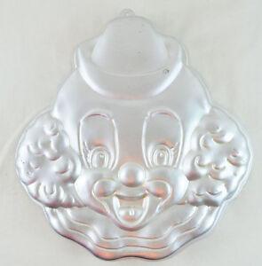 Wilton 1989 HAPPY CLOWN Face Cake Pan Mold #2105-802 - Children's Birthday Party