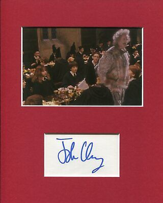 8x10 Inch John Cleese *Monty Python James Bond* original signed Foto in 20x25