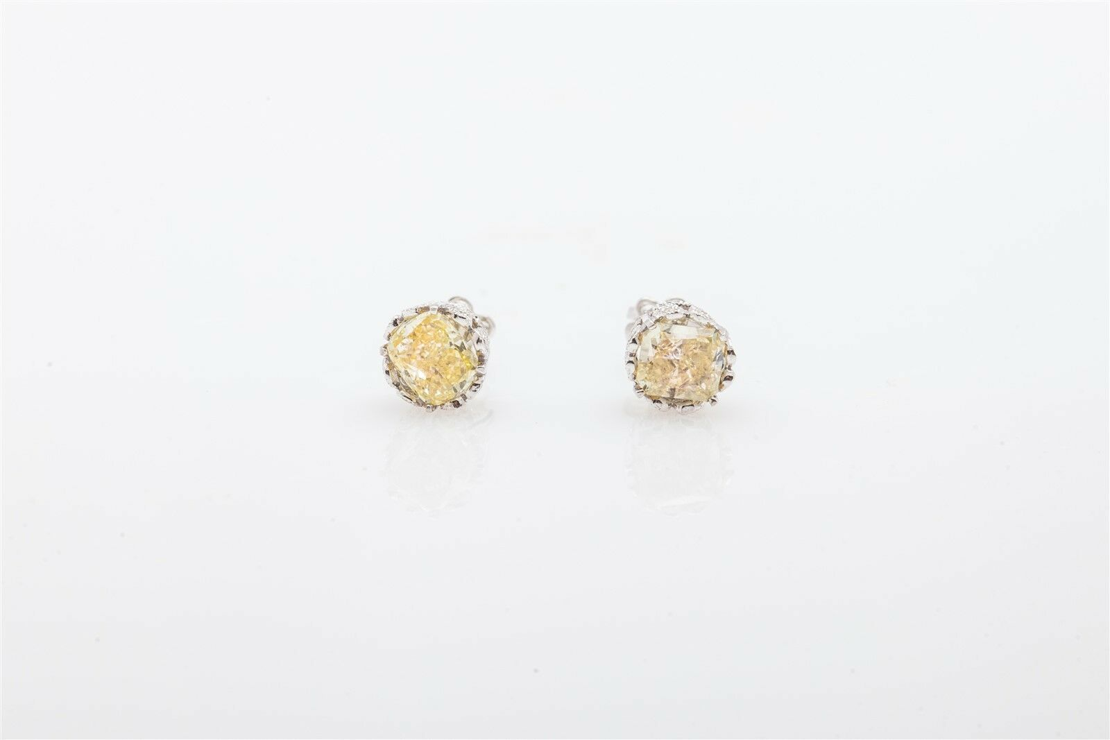 8000 1.50ct Cushion Cut Natural Fancy Yellow 18k gold Diamond Eternity Earrings