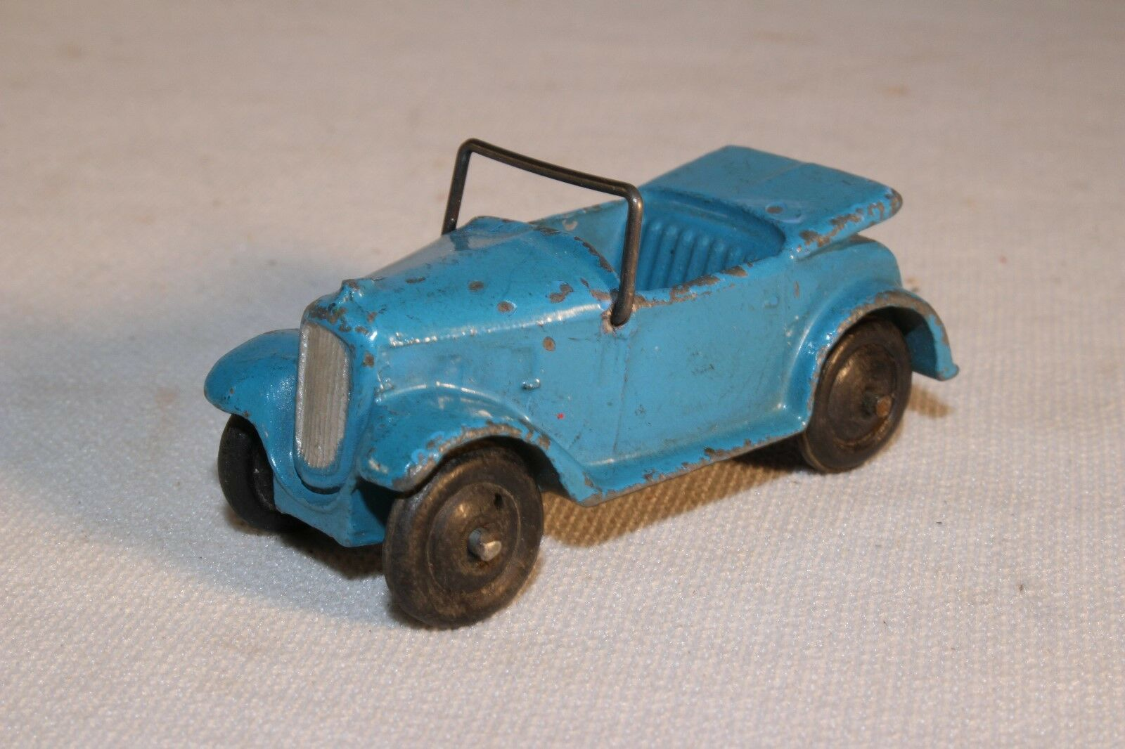 Dinky Toys,  35d Austin 7 Converdeible, blu with Wire Windshield, Original