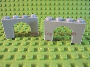 New LEGO Lot of 2 Light Bluish Gray 1x4x2 Arch Brick Pieces