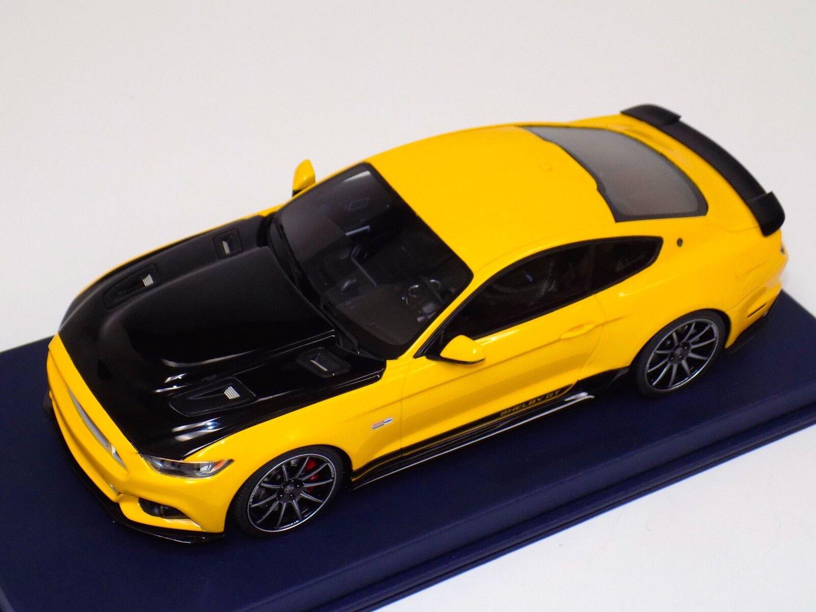 1  18 GT anda Ford Mustang Shelby GT i gult utan Stripes US002 läder