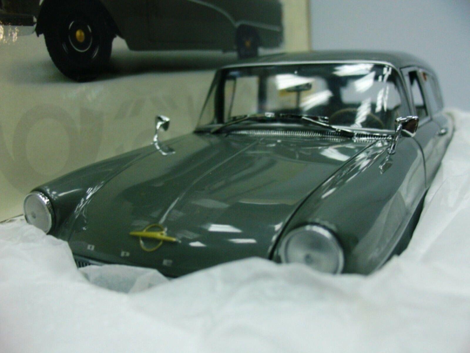 WOW EXTREMELY RARE Opel Rekord P1 Caravan 1957 Post 1 18 Minichamps-Auto Art