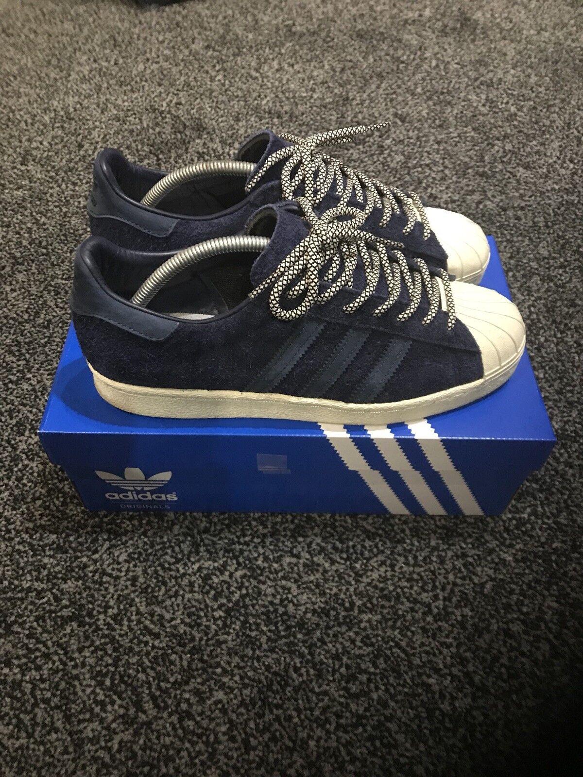 Adidas Superstar tamaño uk7 Excelente Estado Azul Con Gamuza