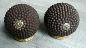 Balls-Lyon-Boxwood-Cloud-Iron-No-1-amp-2-Brass-Popular-Art-Antique