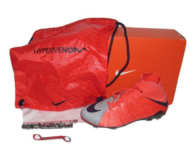 Nike Hypervenom Phantom 3 DF SG Pro Soccer Cleats Flyknit ACC Sz 8 Men Size 6.5
