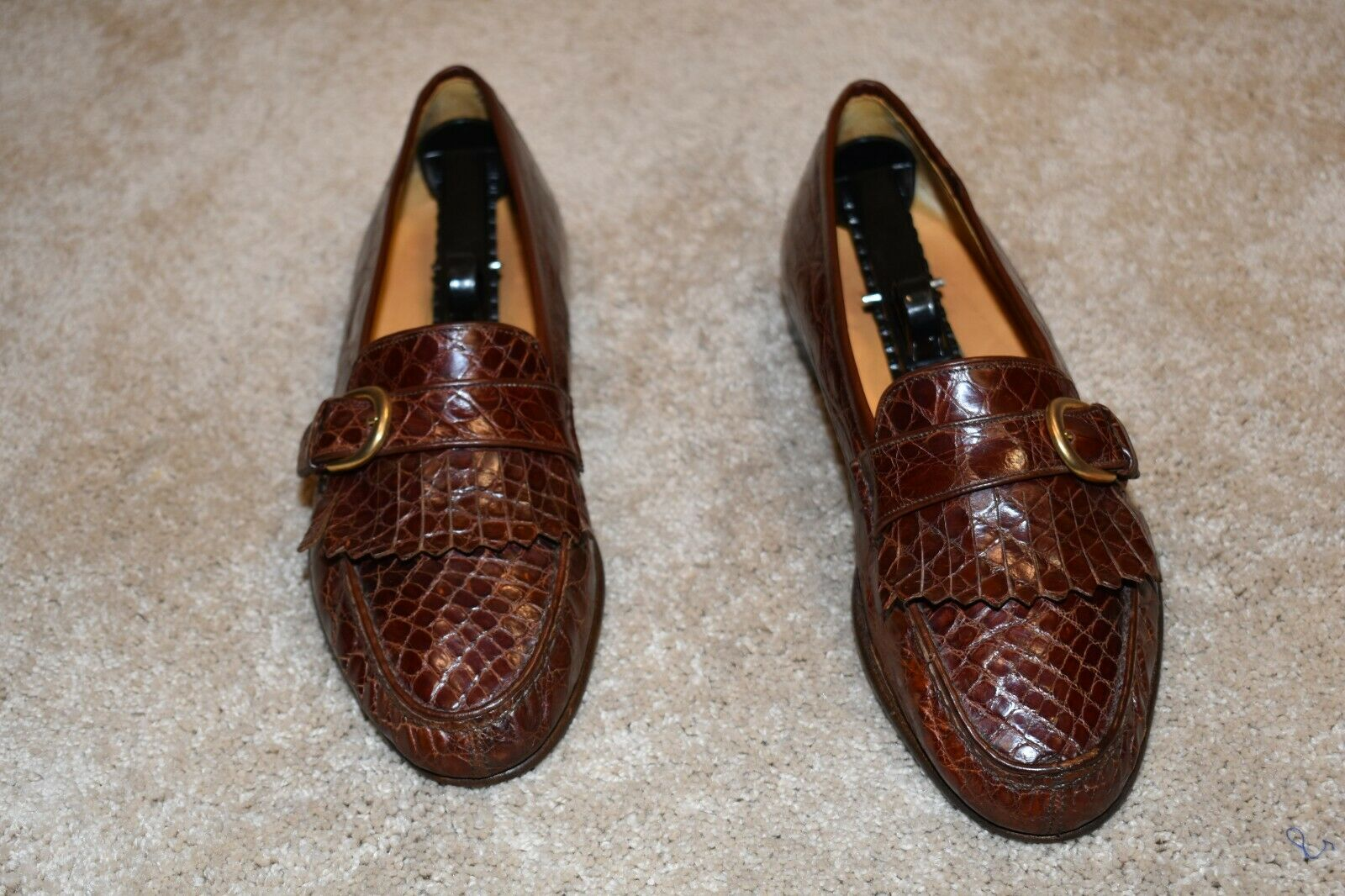 GORGEOUS COLE HAAN  GENUINE CROCODILE  ITALY MADE LOAFERS 9.5 D  1795