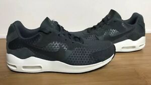 532982ae6305 Nike Women s Air Max Guile Outdoor Green 916787-300 Size 9