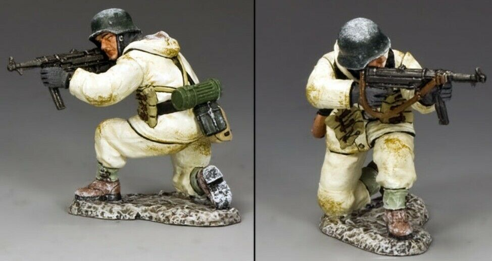 KING & COUNTRY BATTLE OF THE BULGE BBG079 WW2 GERMAN KNEELING FIRING MP40 MIB