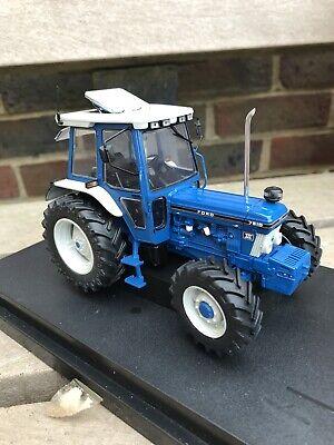 SUPERBE FORD 7810 Très Détaillée Tracteur Conversion Chrome Ouverture Wheels 1:32