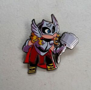 SDCC-2016-MARVEL-PIN-THOR-SKOTTIE-YOUNG