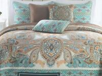 Cynthia Rowley Bohemian Blue Brown Paisley Quilt Standard Pillow Shams