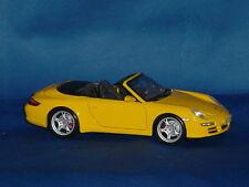MAISTO Mustard Yellow PORCHE 911 CARRERA S CABRIOLET 1:18 Scale