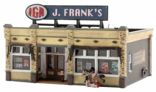 J Woodland Scenics BR4941 Frank/'s Grocery Building 4941 N Scale Built /& Ready