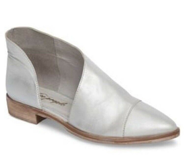 Free People 'Royale' Pointy Toe Leather Flats SZ 37EU 7US Silver Metallic