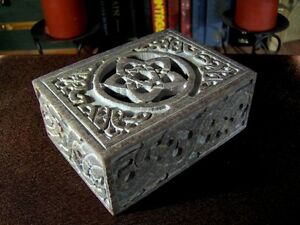 One-3-034-x-4-034-Soapstone-Box-Flower-Pentacle-Wicca-BXS23