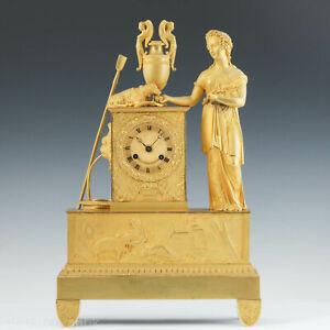 Delahoussaye Hologer à Paris, Bronze Pendule Epochè Charles X 1830 Biedermeier