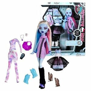 Monster High Ebay >> Monster High I Love Fashion Abbey Bominable 3 Outfits Exclusive