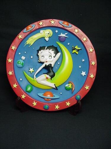 RETIRED Betty Boop 3-D PLATE MOON DESIGN