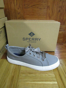 cdd7217f7fe Sperry Top-Sider Women s Crest Vibe Satin Lace Fashion Sneakers