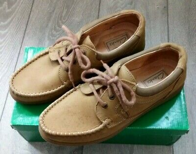 all clarks shoes