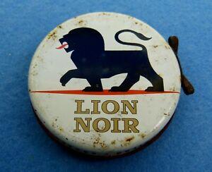Boite de Cirage Ancienne - LION NOIR fond rouge -  Ø 72 mm