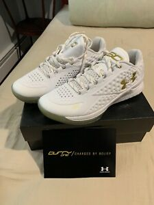 db47ca2d Under Armour Steph Curry 1 Low White Gold MVP PE Friends and Family ...