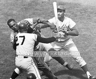 SANDY KOUFAX DODGERS 1963 SERIES VICTORY MAURY WILLS JOHNNY ROSEBORO 8x10 PHOTO