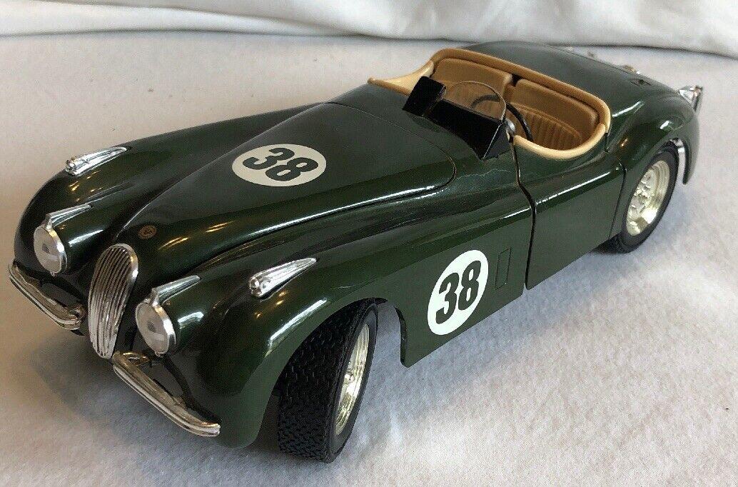 1948 Jaguar verde 1 18 Ertl American Muscle 33629