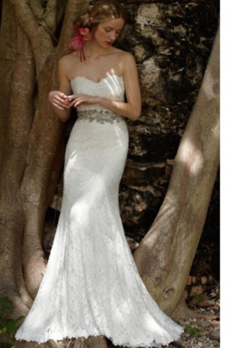 Woman Clothes Lace Wedding Dress Gown Ivory color Dress XS size 4