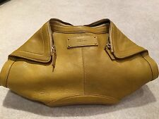 ALEXANDER MCQUEEN MUSTARD LEATHER LARGE DE MANTA CLUTCH HANDBAG  USED