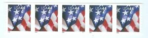 US-4393-AMERICAN-FLAG-STRIP-OF-5-44-cent-STAMPS-PLATE-P-1111-YEAR-2009-M-N-H