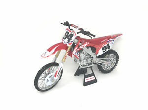 REPLICA-1-12-RACE-BIKE-17-HONDA-CRF450R-RED-ROCZEN-New-Ray-Toys-57923