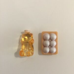 Sylvanian-Families-Calico-Critters-Supermarket-Replacement-Honey-Bear-and-Eggs