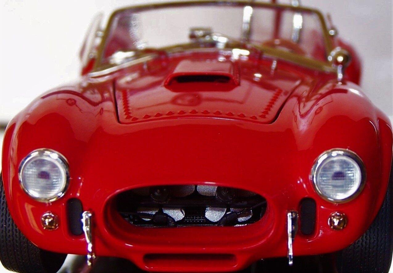 Un 1966 Ford Shelby construido Cobra GT 1 Race Sport 24 T coche 40 Vintage 12 Modelo 18