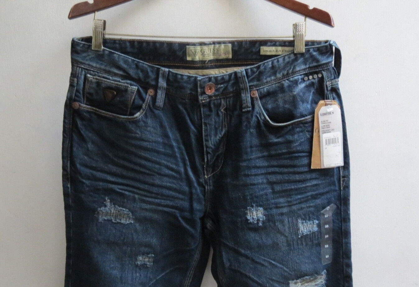 Guess Jeans Men 34 Lincoln Slim Straight Low Distressed Authentic New with Tags