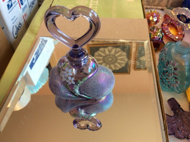 "Fenton 2001 Ltd. Ed.5"" Tall Iridescent Violet  Heart Perfume Bottle No. 187"