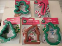 Wilton Comfort Grip Cookie Cutters Lot Of Retired Cutters Mint On Cards