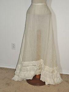 Victorian White Cotton Petticoat / Skirt w Ruffled Bottom / Train SM w- 24