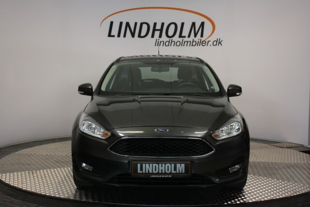 Ford Focus 1,5 TDCi 95 Business stc.